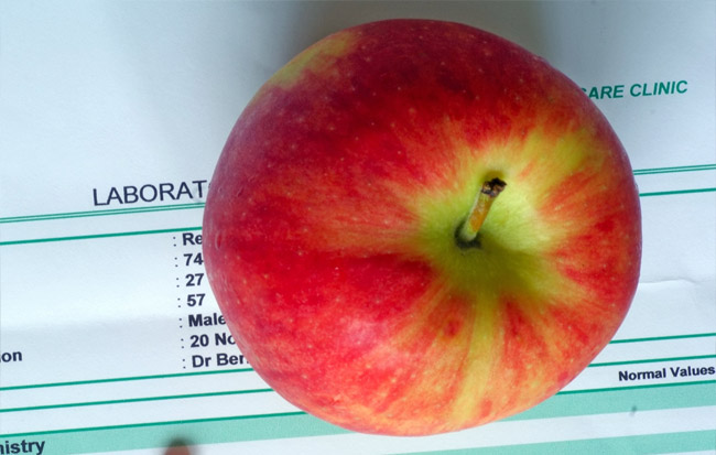 apple for uric acid